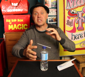 Julian Magic Straw Psychic - Halloween Magic Trick - Magic Lessons #4 - Magic Tricks For Kids