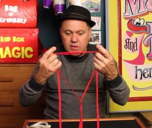 Julian Linking Laces